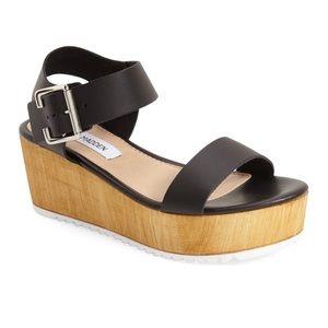 Steve Madden Black Platform Nylee Sandals Size 10